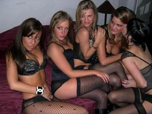 Emel sex clubs in Carlsbad