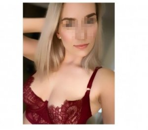 Allison chinese escorts in Sutton-in-Ashfield